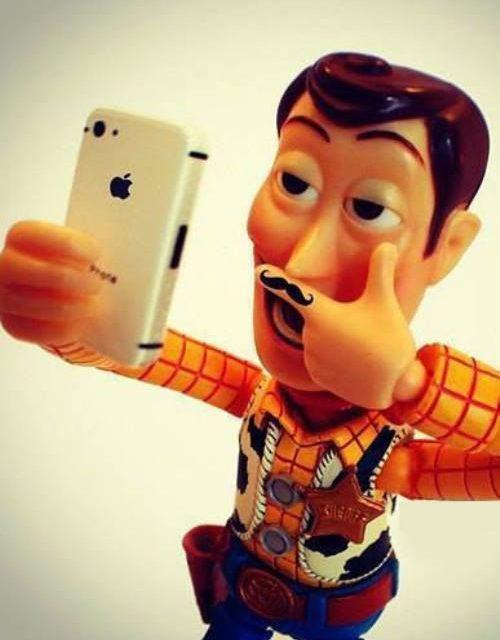 ¿Ya conoces las tendencias fotográficas Selfie, Usie y Braggie?