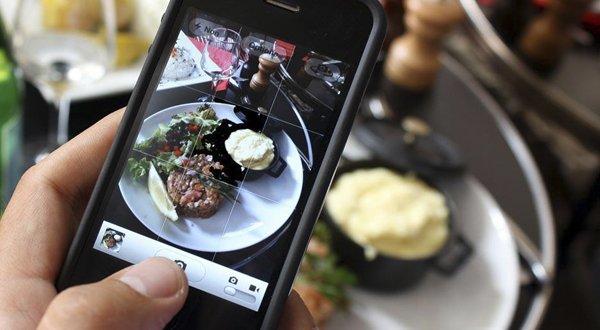 Aprende a tomar fotografías de alimentos con tu celular.